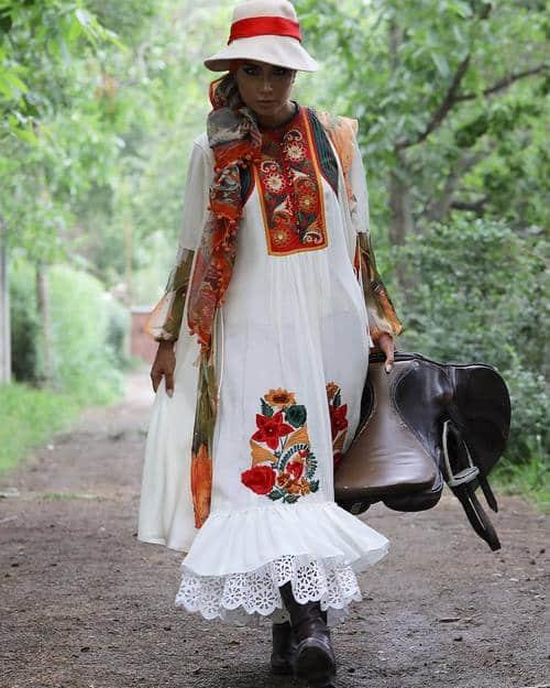 مهلا زمانی خواهر ملیکا زمانی