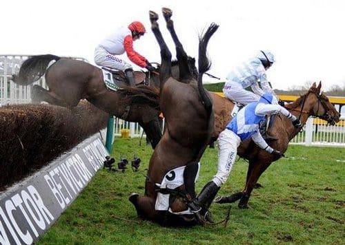 مسابقات اسب دوانی زنده