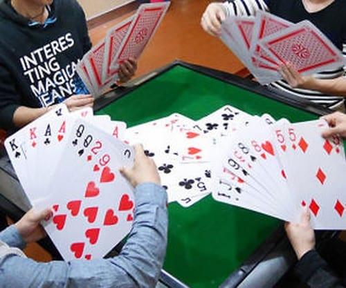 خرید بازی های کارتی